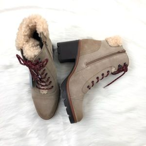Naturalizer Waterproof Oatmeal Booties Size 11 NWT